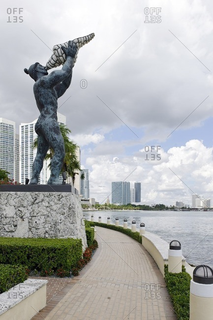 September 30, 2011: Statue at Tequesta Point, Brickell Key Park Trail, Miami Downtown, Miami, Florida, USA