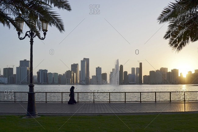 People on the Golden Mile, Corniche Street, skyline, architecture, Emirate of Sharjah, United Arab Emirates, Arabian Peninsula, Middle East