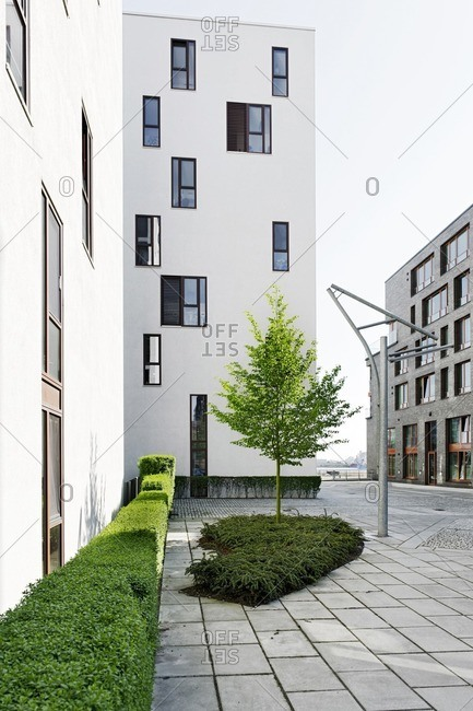 modern architecture, courtyard, residential property, facade, Kaiserkai, Hafencity, Hamburg, Germany