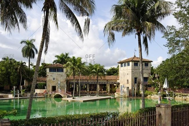 Venetian Pool, Venetian swimming pool in old coral quarry in posh Coral Gables, Miami, Florida, USA