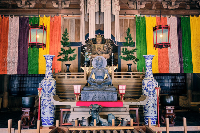 Sculpture of a meditating prayer inside a zen temple at Kenchoji