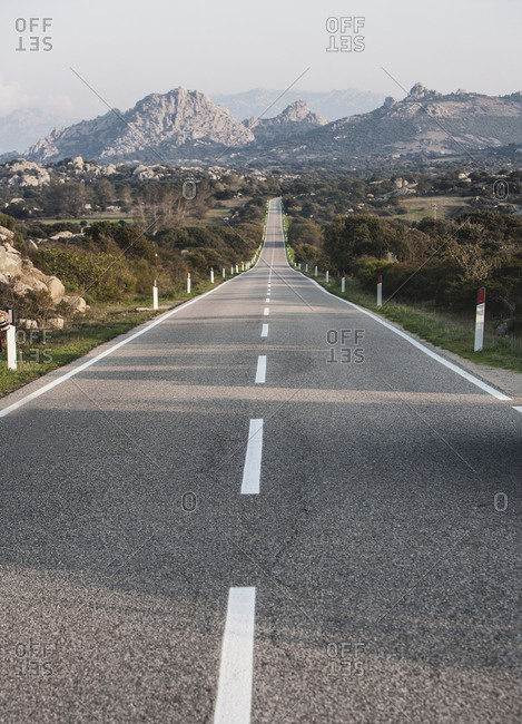 Road through countryside, Tuscany, Italy