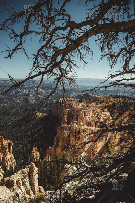 Bryce Canyon arch from Paria View