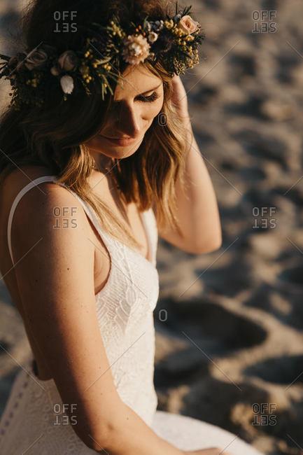 Bride with hair wreath at the beach