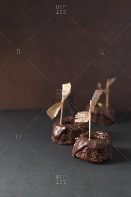 Studio shot of small chocolateGugelhupf cakes