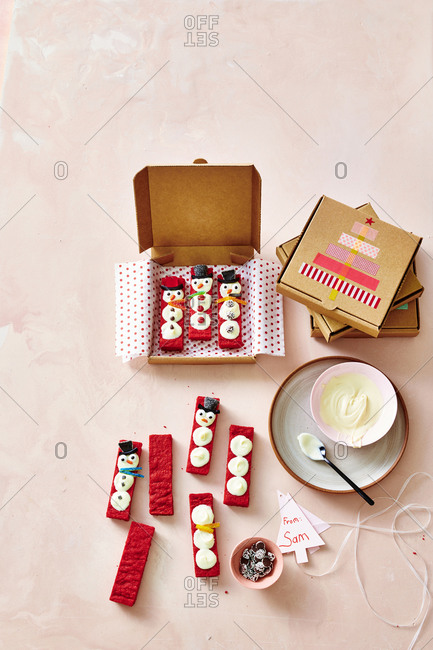 Decorating Red Velvet Shortbread Snowmen