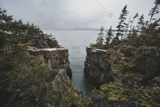 The Raven's Nest, rugged Maine Coastline in Acadia N.P.