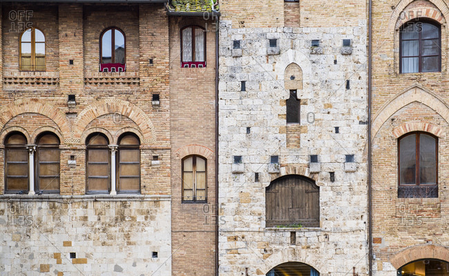 Medieval housing front in Florence / Tuscany