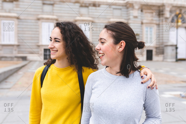 Girlfriends exploring city, Madrid, Spain