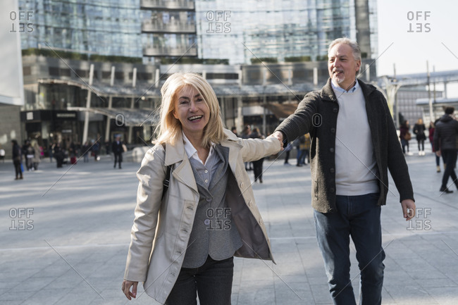 Senior couple exploring city, Milan, Lombardia, Italy