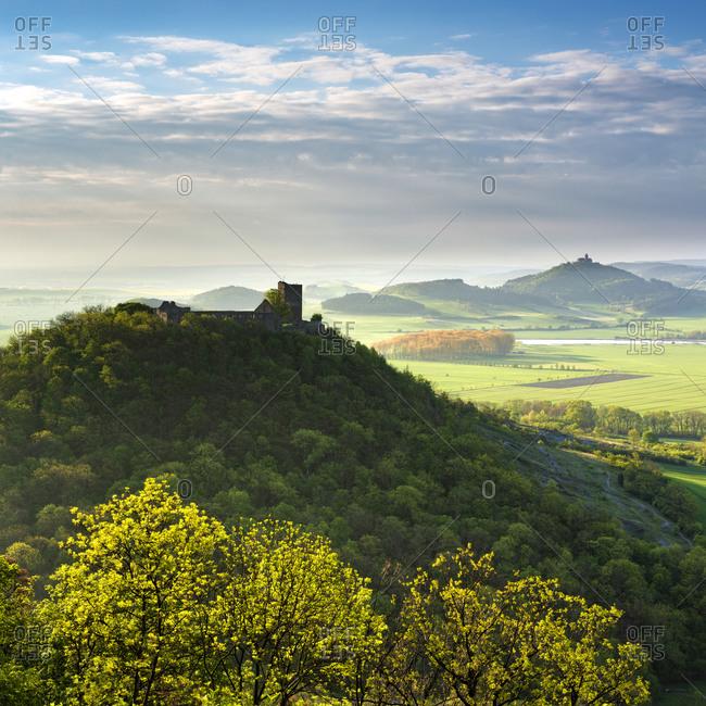 View of the Gleichen castle ruins and the Wachsenburg fortress, morning light, Drei Gleichen, Wandersleben, Thuringia, Germany