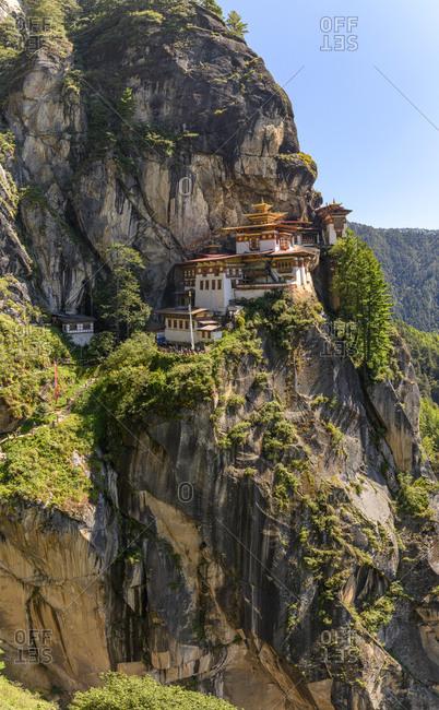 Bhutan- CliffsideParo Taktsangtemple on sunny day