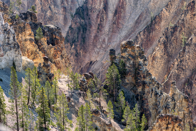 Close-up view of the Yellowstone Canyon's walls in Yellowstone National Park
