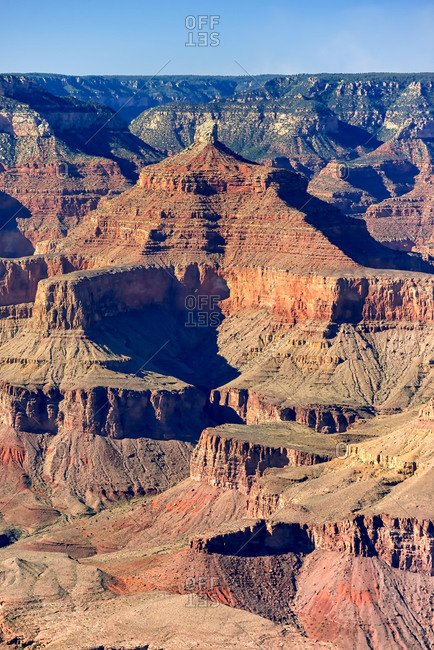 Scenic sunrise view of the Grand Canyon from the South Rim