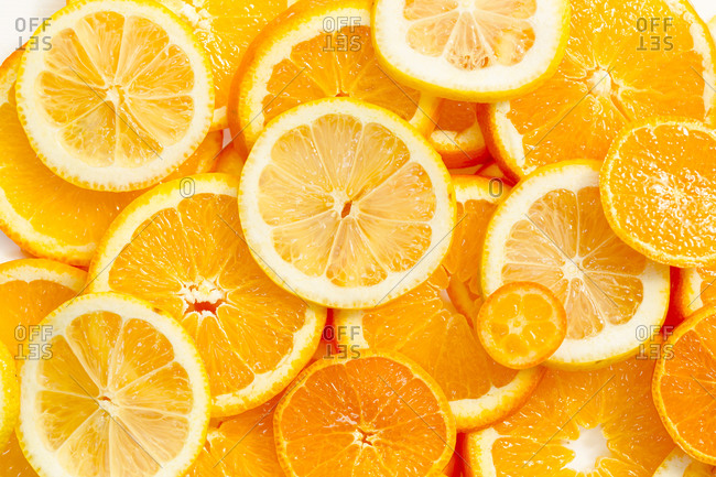 Full frame shot of sliced oranges and lemons