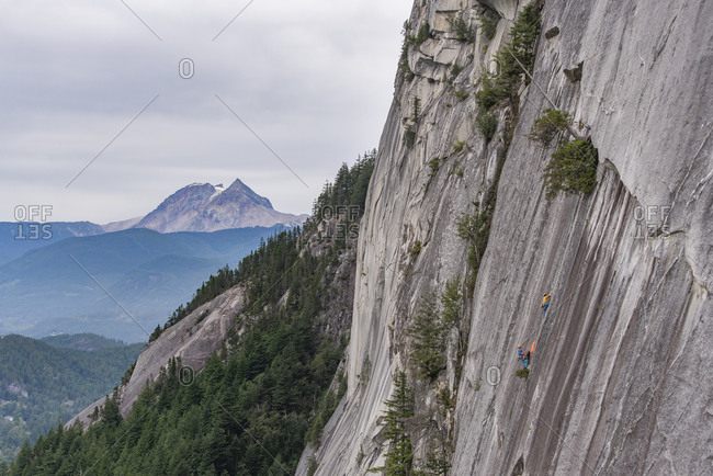 Two men hanging on portaledge on the Squamish Chief