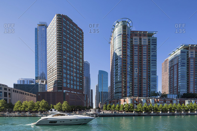 USA- Illinois- Chicago- yacht on Chicago River