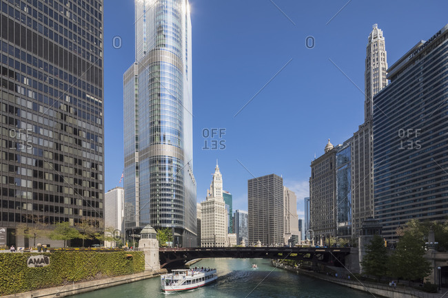 USA- Illinois- Chicago- Chicago River- Trump International Hotel and Tower- Wyndham Grand Chicago Riverfront- Wrigley Building