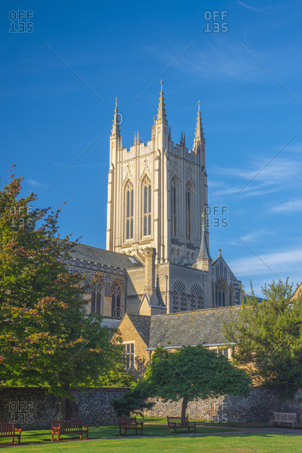 St. Edmundsbury Cathedral from the Abbey Gardens, Bury St. Edmunds, Suffolk, England, United Kingdom, Europe