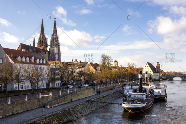Germany- Regensburg- view to the old town with cathedral and Danube River in the foreground