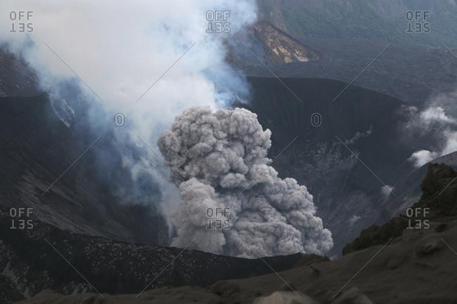 Japan- Suanose jima volcano erupting