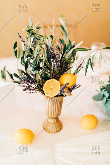 Italian wedding table setup decoration