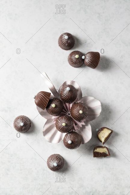 Chocolate pralines with vanilla ganache