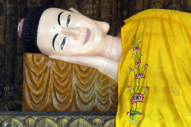 Reclining Buddha, Huynh Dao Buddhist Temple, Chau Doc, Vietnam, Indochina, Southeast Asia, Asia