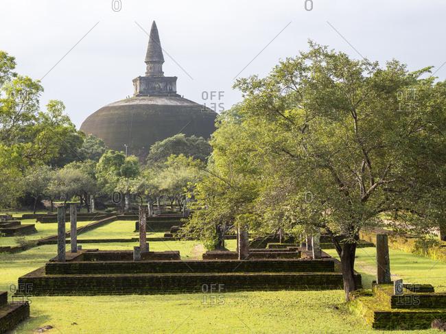 Rankoth Vehera, a stupa at Polonnaruwa, UNESCO World Heritage Site, Sri Lanka, Asia