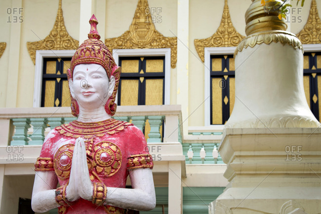 Buddhist statue outside a temple in Phnom Penh, capital of Cambodia, Indochina, Southeast Asia, Asia