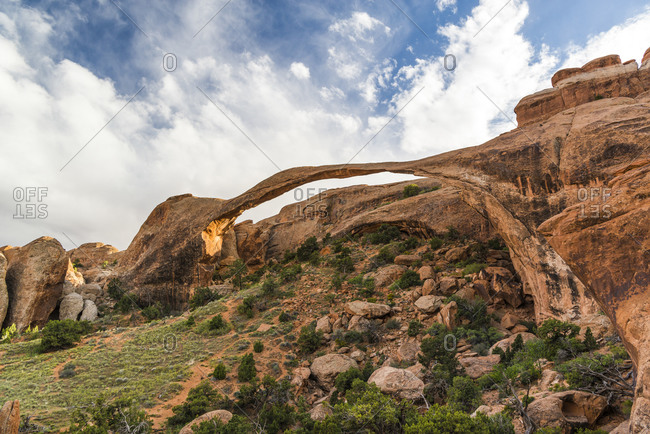 Landscape Arch, Arches National Park, Utah, USA
