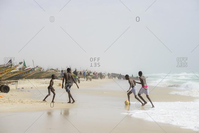 April 1,  2016: FIshermen, peddlers, boats at Nouakchott's famous fish market