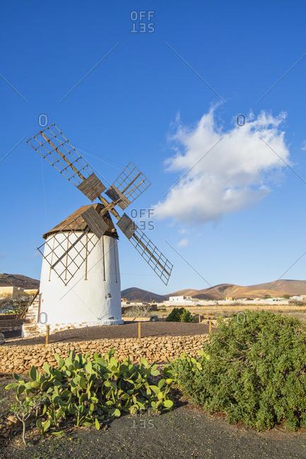 Spain, Canary Islands, Fuerteventura, Tiscamanita, traditional windmill