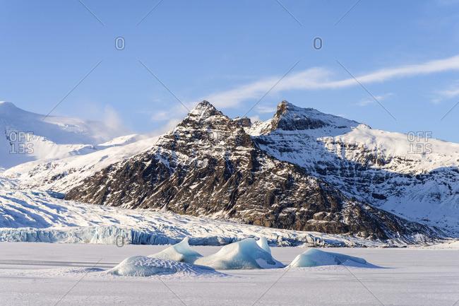 Fjallsarlon iceberg lagoon, Jokulsarlon Glacier Lagoon, Hofn, Iceland, Europe
