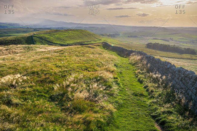 UK, England, Northumberland, Haltwhistle, Melkridge, Winshield Crags, Hadrian's Wall