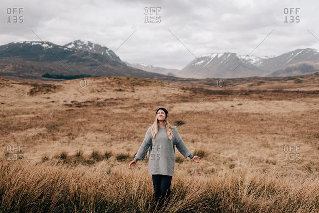 Trekker taking in fresh air, Trossachs National Park, Canada