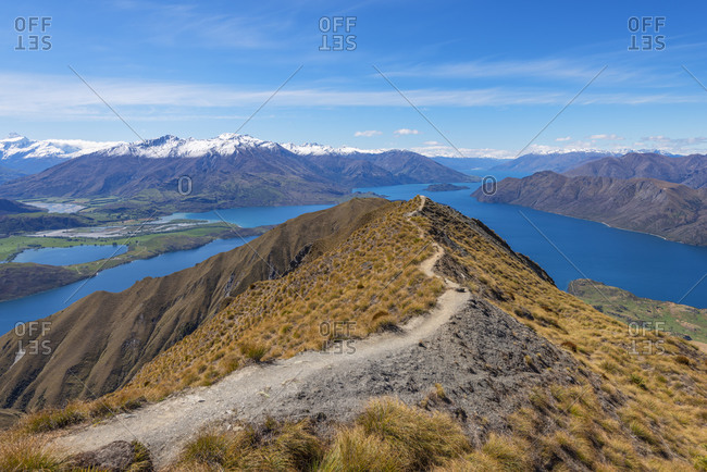 New Zealand- Otago- Scenic view of Roys Peak with Lake Wanaka in background