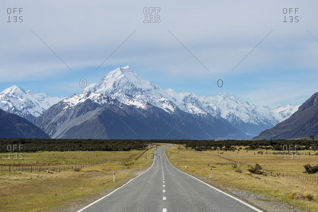 New Zealand- Canterbury- Empty highway leading to Mount Cook