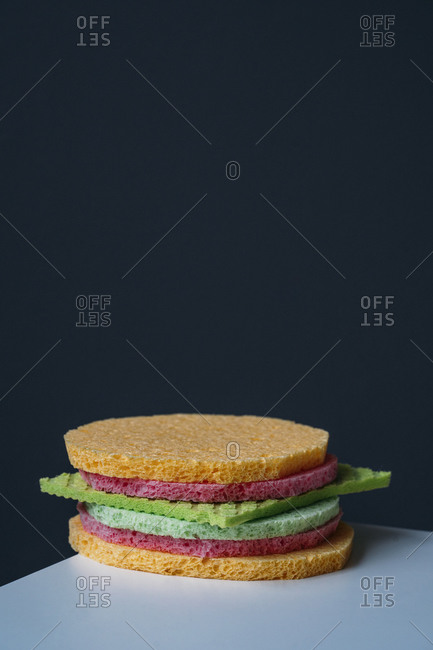 Cleaning sponges and sponge cloth in shape of a burger