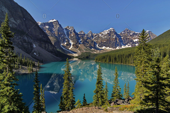 Moraine Lake, Valley of the Ten Peaks, Banff National Park, Rocky Mountains, Alberta, Canada