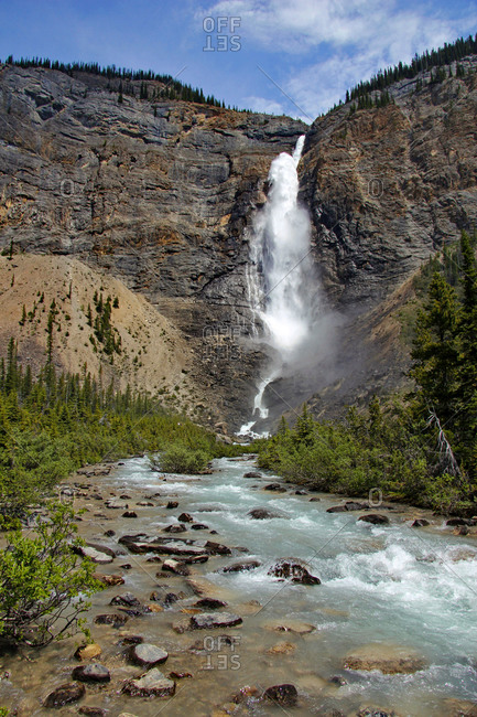 Takakkaw Falls, Yoho National Park, Rocky Mountains, Alberta, Canada