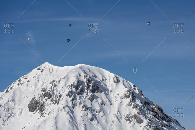 January 1, 1970: View from Rohrmoos to the Dachstein massif, Rotelstein, hot air balloons, Austria