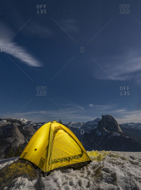 Winter camping in the Yosemite Backcountry