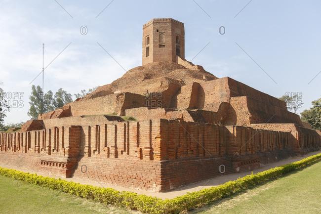 Chaukhandi Stupa, Sarnath, Varanasi, Uttar Pradesh, India
