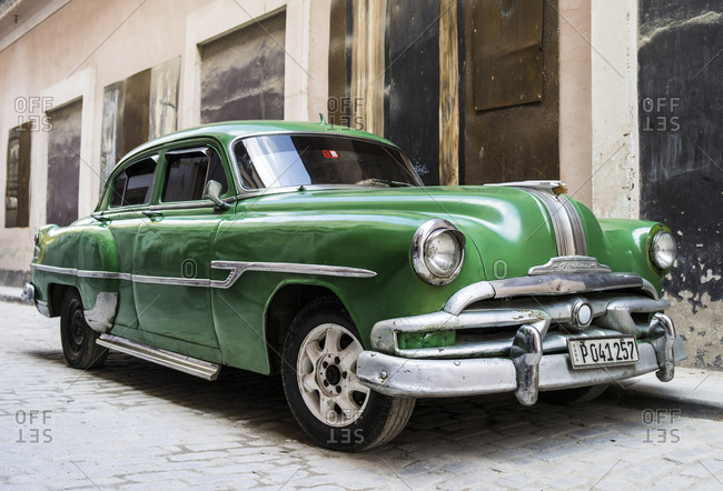 October 8, 2015: Old Pontiac by the roadside, Havana, Cuba