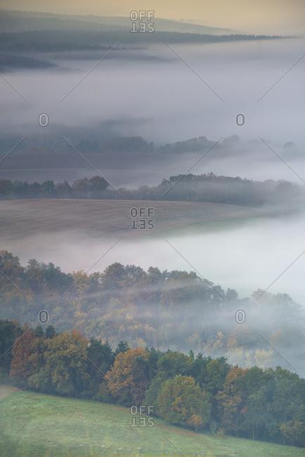 Morning fog over the Saale valley, Leuchtenburg, Seitenroda, Kahla, Thuringia, Germany