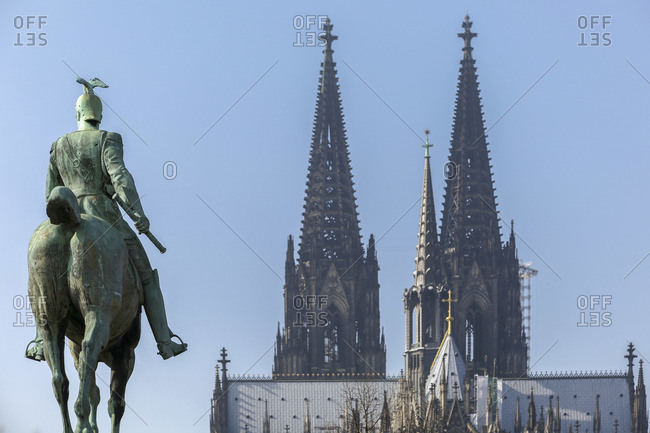 Equestrian statue of Kaiser Wilhelm II, Cologne Cathedral, Cologne, North Rhine-Westphalia, Germany