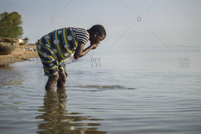 November 21, 2014: Daily life on the shores of Lake Malawi, Malawi, Africa