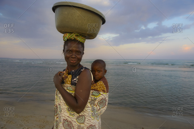 November 26, 2014: Daily life on the shores of Lake Malawi, Malawi, Africa