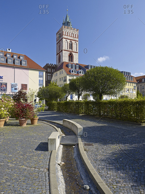 September 4, 2014: St. Marien Church and Brunnenplatz in Frankfurt (Oder), Brandenburg, Germany